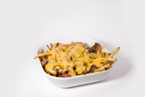 Cheesy Fries & Steak 12.50